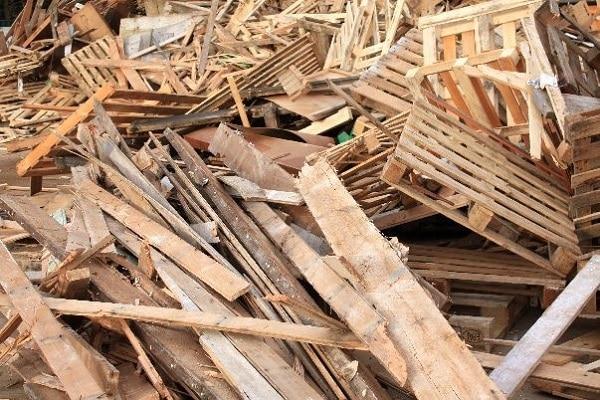 smaltimento legno legname