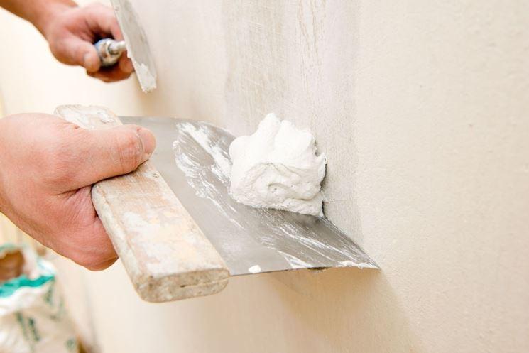 preparazioni supporti con cementite, stucchi e primer vernici